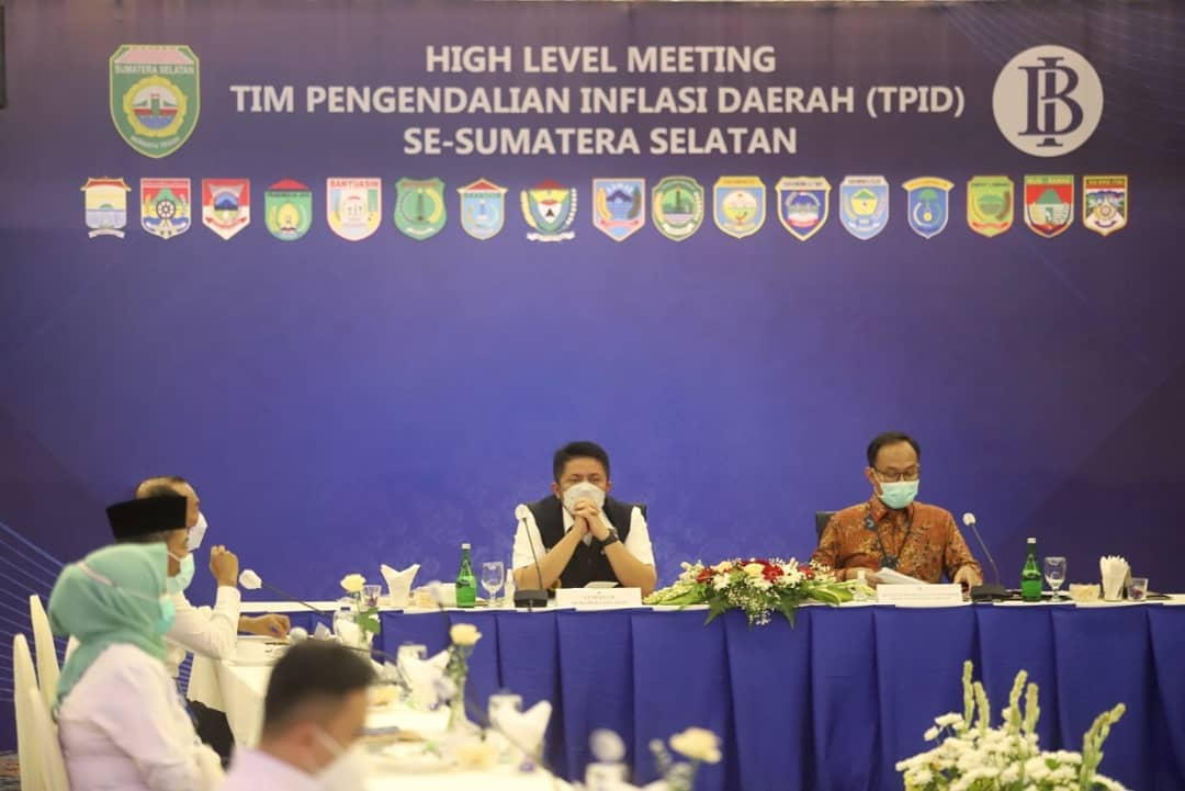 Herman Deru Buka Rapat High Level Meeting Tim Pengendalian Inflasi Daerah
