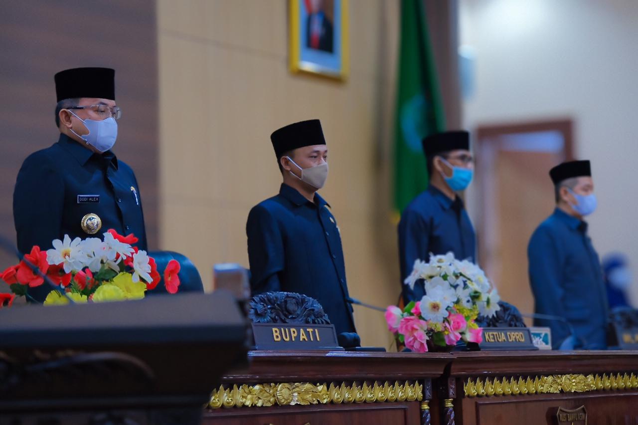 Bupati Muba Sampaikan Pertanggungjawaban APBD TA 2020 dan 5 Raperda Pemkab Muba