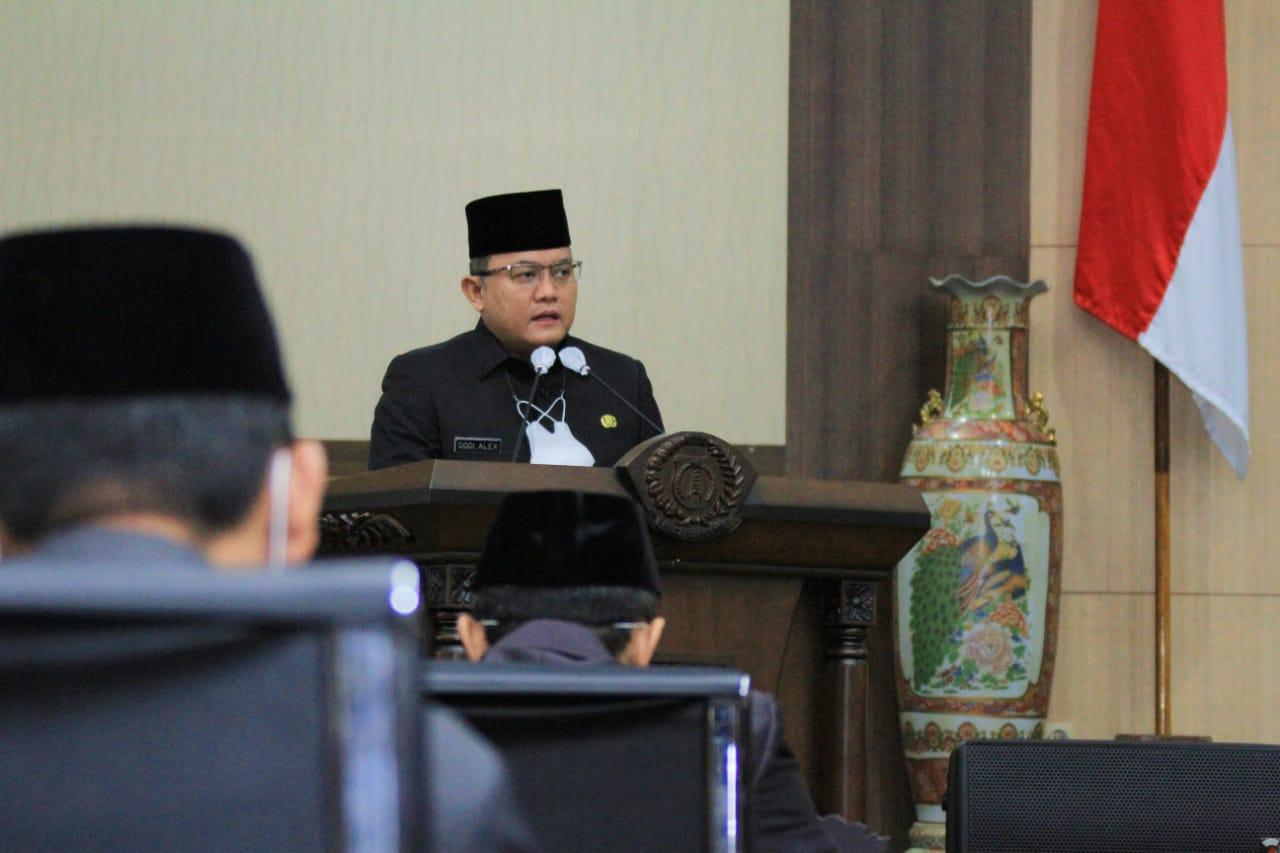 Bupati Muba Sampaikan Jawaban Terhadap Pandangan Umum Fraksi DPRD Muba