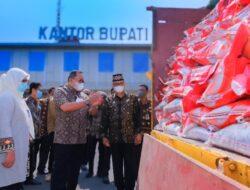 Bupati Muba Salurkan Bantuan Beras PPKM Bagi 25.552 KPM